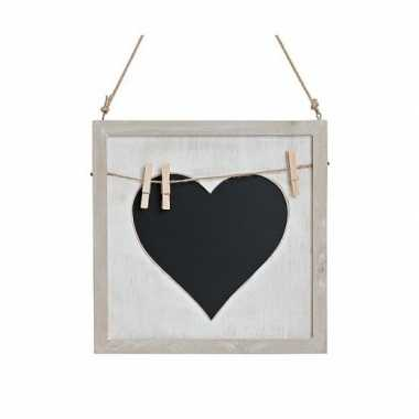 Krijtbord met hart en knijpertjes 25 cm
