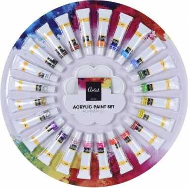 Schilderen acrylverf tubes met palet