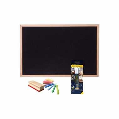 Schoolbord/krijtbord 30 x 40 cm met krijtjes/krijtstiften/bordenwisser