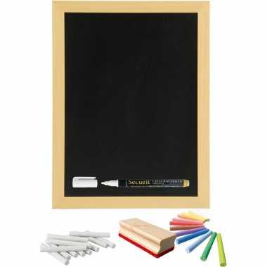 Schoolbord/krijtbord 30 x 40 cm met krijtjes wit en kleur