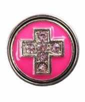 Metalen chunk roze met kruis 1 8 cm