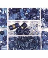 Voorraaddoosje met donkerblauwe kralen